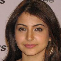 Anushka Sharma Insecure About Sonakshi, Ranveer Stressed